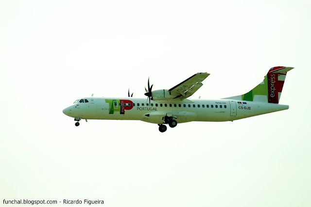 WHITE - CS-DJB - LPPT - ATR72 - TP1107 - GUARDA