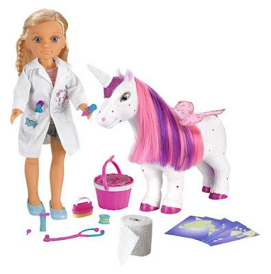 NANCY - Un día de veterinaria de unicornios : Muñeca | Famosa 2017 |  contenido juguete