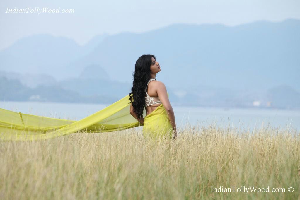 Samantha Photos In Jabardasth Movie  Songs By Lyrics