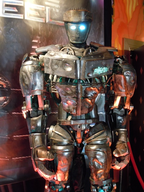 Atom Real Steel animatronic robot
