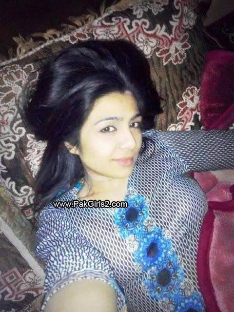 Pakistani Aunty 2016(2)