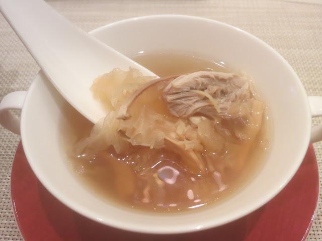 松茸干贝炖春鸡汤