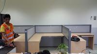 Meja Sekat Partisi kantor Bentuk T