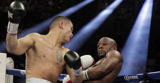 Marcos Maidana vs Floyd Mayweather