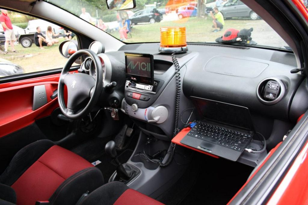 the gallery for peugeot 206 interior modifications. Black Bedroom Furniture Sets. Home Design Ideas