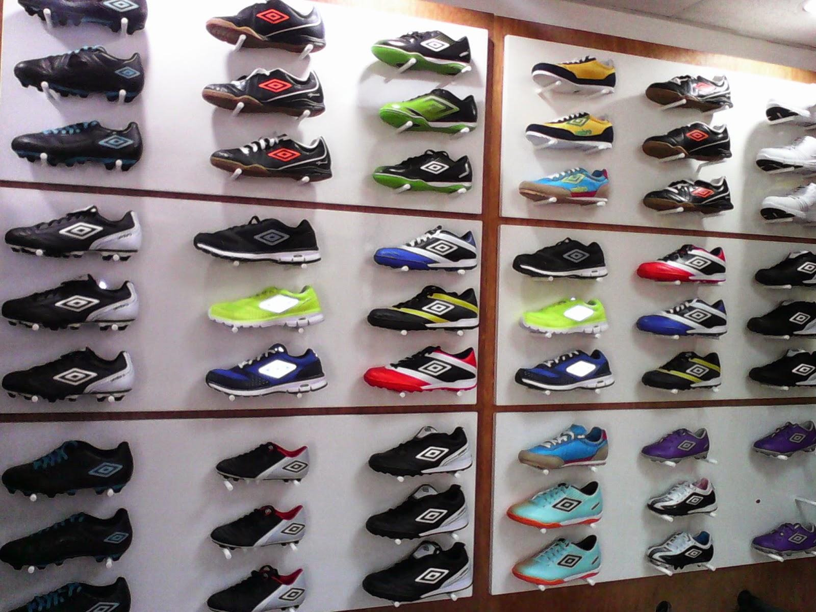 81cae8e2c8d5b Compre 2 APAGADO EN CUALQUIER CASO zapatos de futbol tienda Y ...