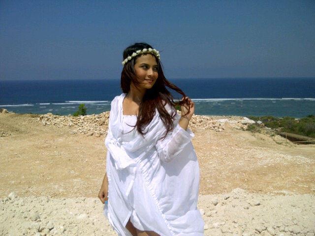 Vanessa Angel | SELENA SOFT