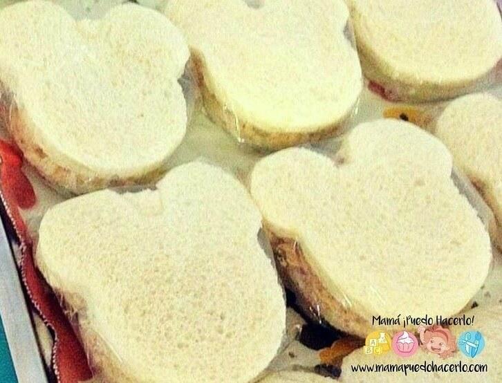 Sandwich de atun y queso crema. Cuando Eli
