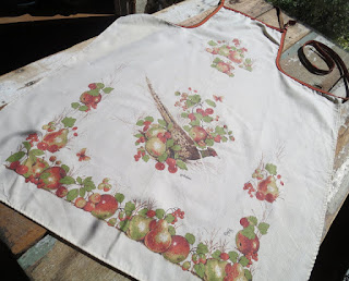 https://www.etsy.com/listing/266021737/vintage-apron-with-pheasant-apples