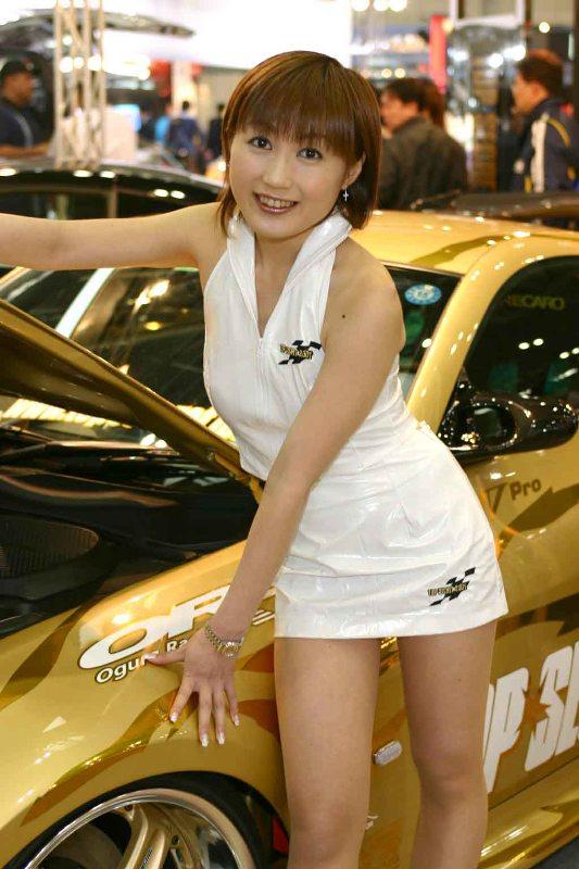 парашу сольют японку в авто смотреть просто навалился