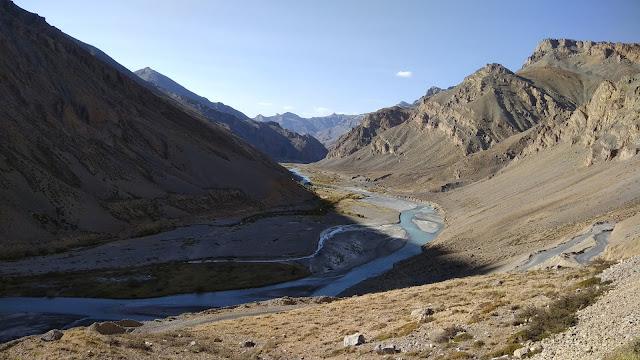Leh Ladakh Bike Trip, Gata Loops