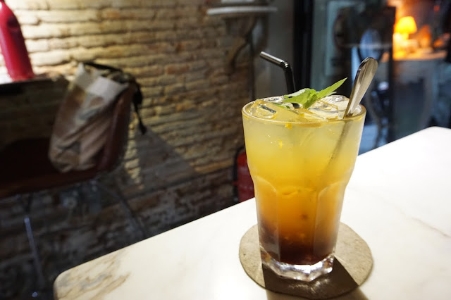 Eat At 18 Cafe - Pineapple Passionfruit Soda
