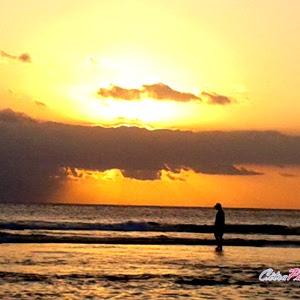 Berbahagia di Pantai dengan Sunblock