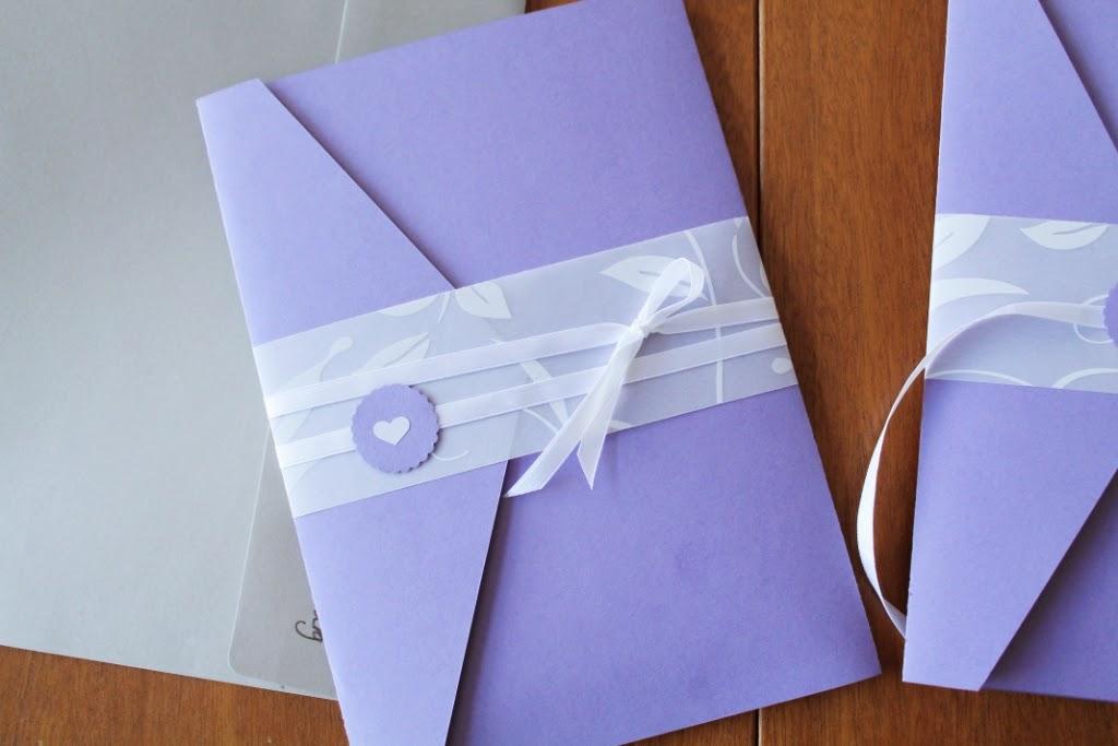 fold et a4 papir som en trekant
