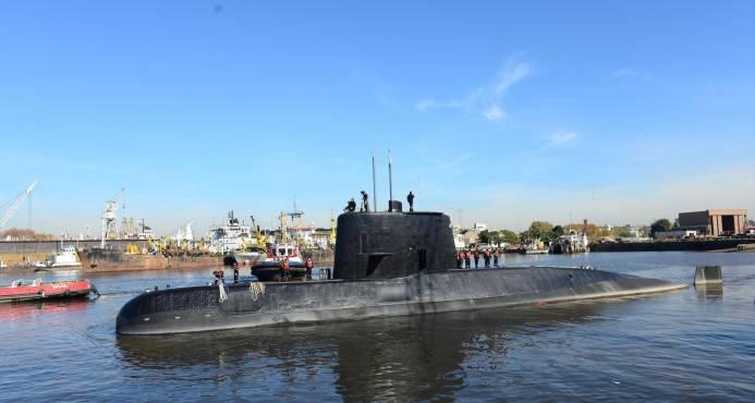EE.UU. envía dos aviones para ayudar en la búsqueda de submarino argentino