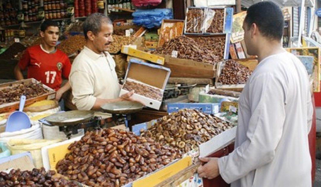 ارتفاع حجم واردات التمور التونسية والمصرية استعدادا لشهر رمضان المبارك