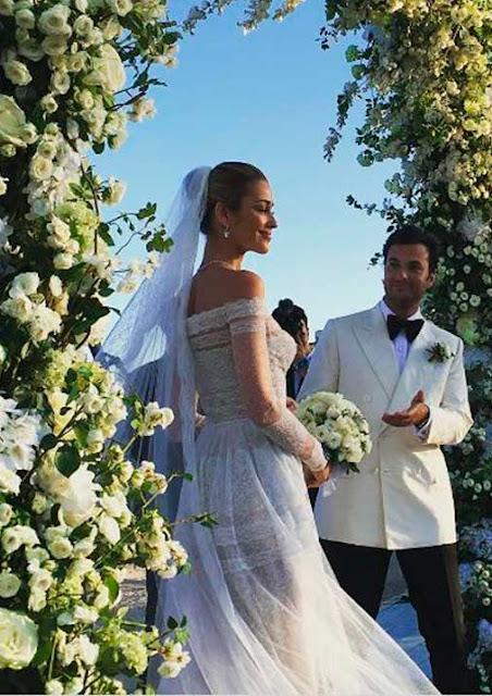 Ana Beatriz Barros Vestido de noiva, festa e civil, casamento na Grécia, Ana com o noivo