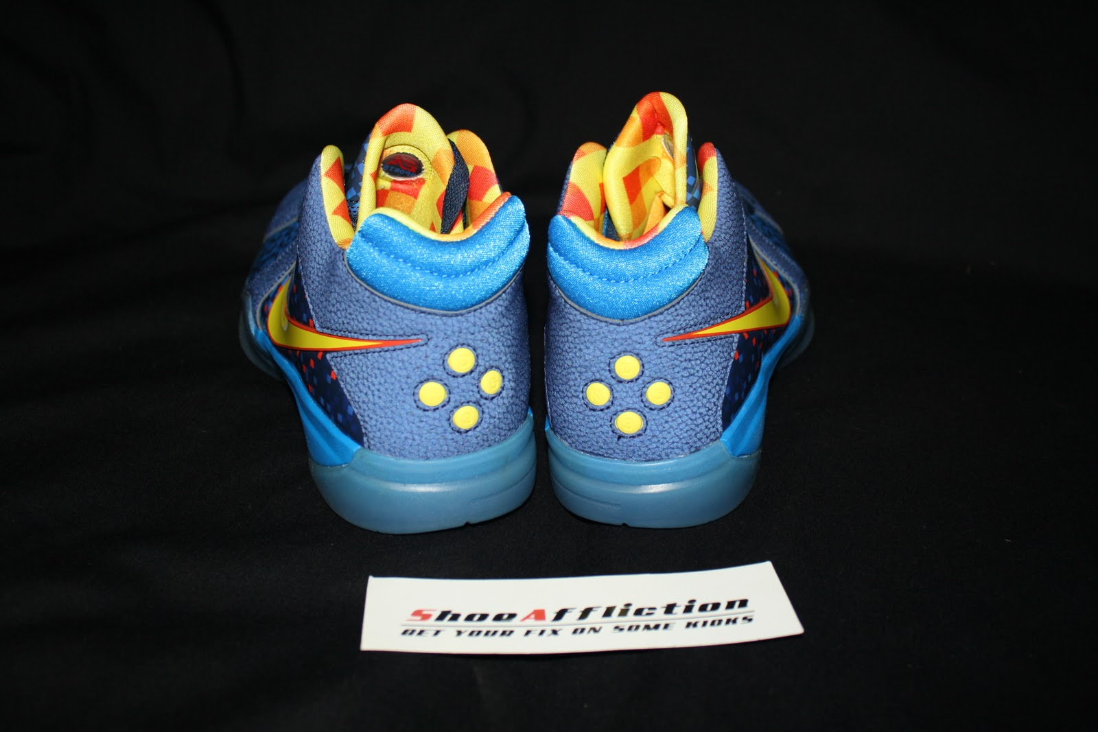 ShoeAffliction: EA SPORTS NIKE ZOOM KD III