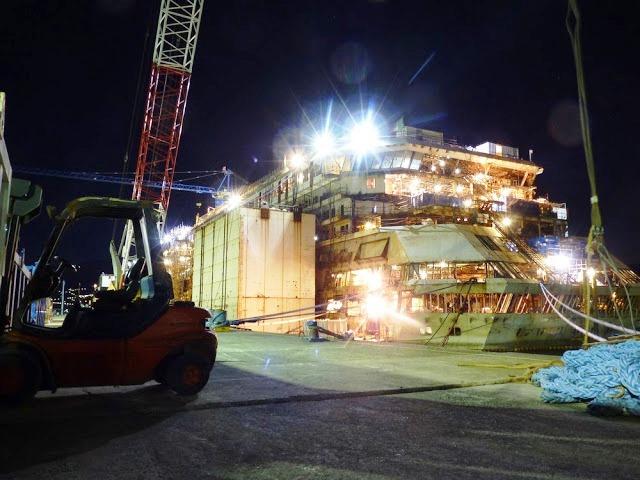 P1180133 - Primeiras imagens do Costa Concordia depois de ser resgatado em 2014