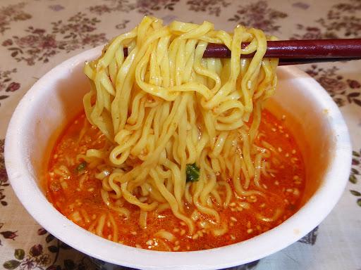 【マルちゃん(東洋水産)】麺づくり 担担麺 味噌ベースのまろやか系