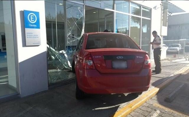 Auto, estacionamientos en Toluca