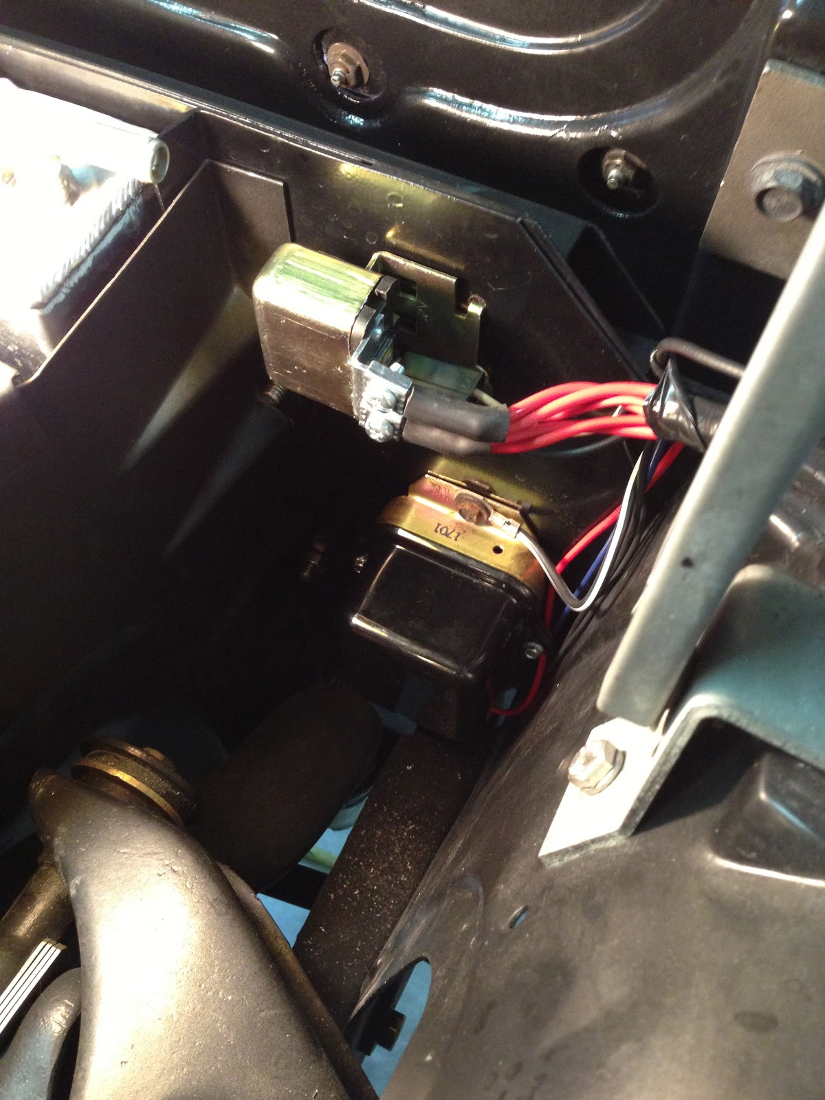 small resolution of 1963 corvette sting ray split window coupe restoration on the key voltage regulator adjustment 63 corvette 63 corvette voltage regulator wiring diagram