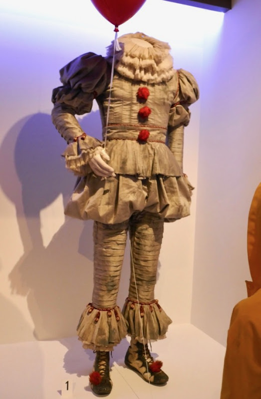 Pennywise IT Movie costume