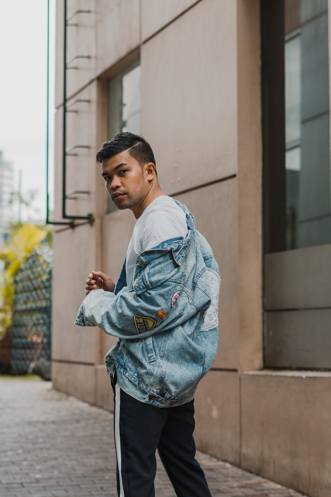 A Simple Guide On How To Style Your Denim Jacket Almost A Blogger