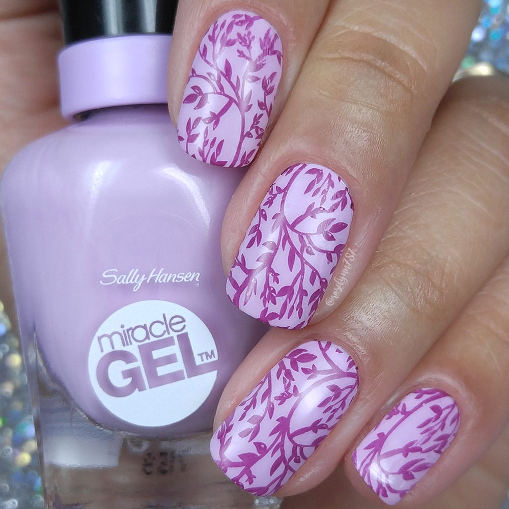 Sally Hansen - August 2017 Color of the Moment - Manicured & Marvelous
