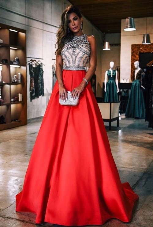 vestido de festa modelo princesa saia ampla