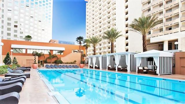 Harrahs, HotelReviews, TravelNevada, LasVegas, LasVegasStrip