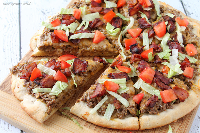 Bacon Cheeseburger Pizza - a delicious new way to enjoy your favorite burger! #velveetarecipes