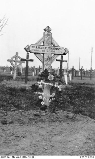 Grave marker for Frederick Youens, Australian War Memorial P00735.010 (public domain)