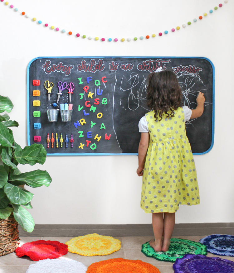 DIY Giant Magnetic Chalkboard Art Station