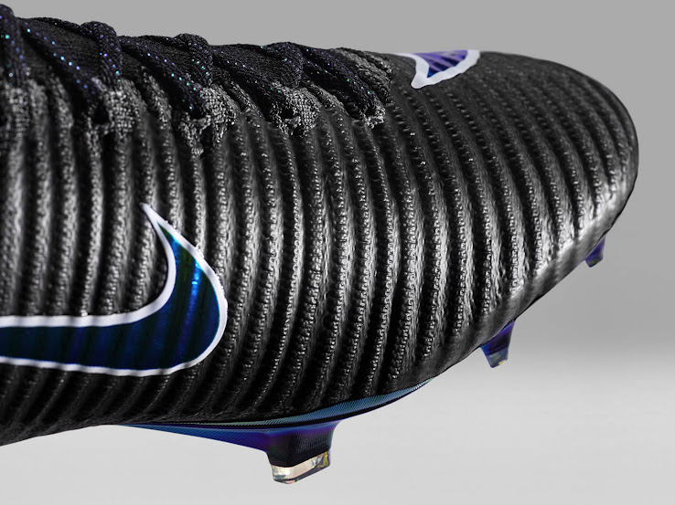 free shipping db95f cbb08 Joma Steals Nike Mercurial Superfly V Boots With First-Ever ...