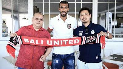 Profil dan Fakta-Fakta Menarik Sylvano Comvalius Sang Mantan Bomber Bali United