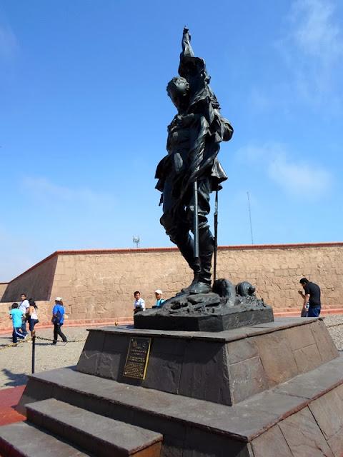 Estatua de Francisco Bolognesi