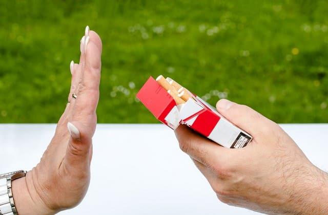 Tips Berhenti Merokok Efektif dan Mudah Bagi Kamu yang Kecanduan