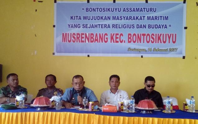 Ka.Bapelitbangda Buka Resmi Murenbang, Bontosikuyu 2017