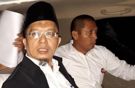 Terbukti Sebarkan Kebencian, Alfian Tanjung Divonis 2 Tahun Bui
