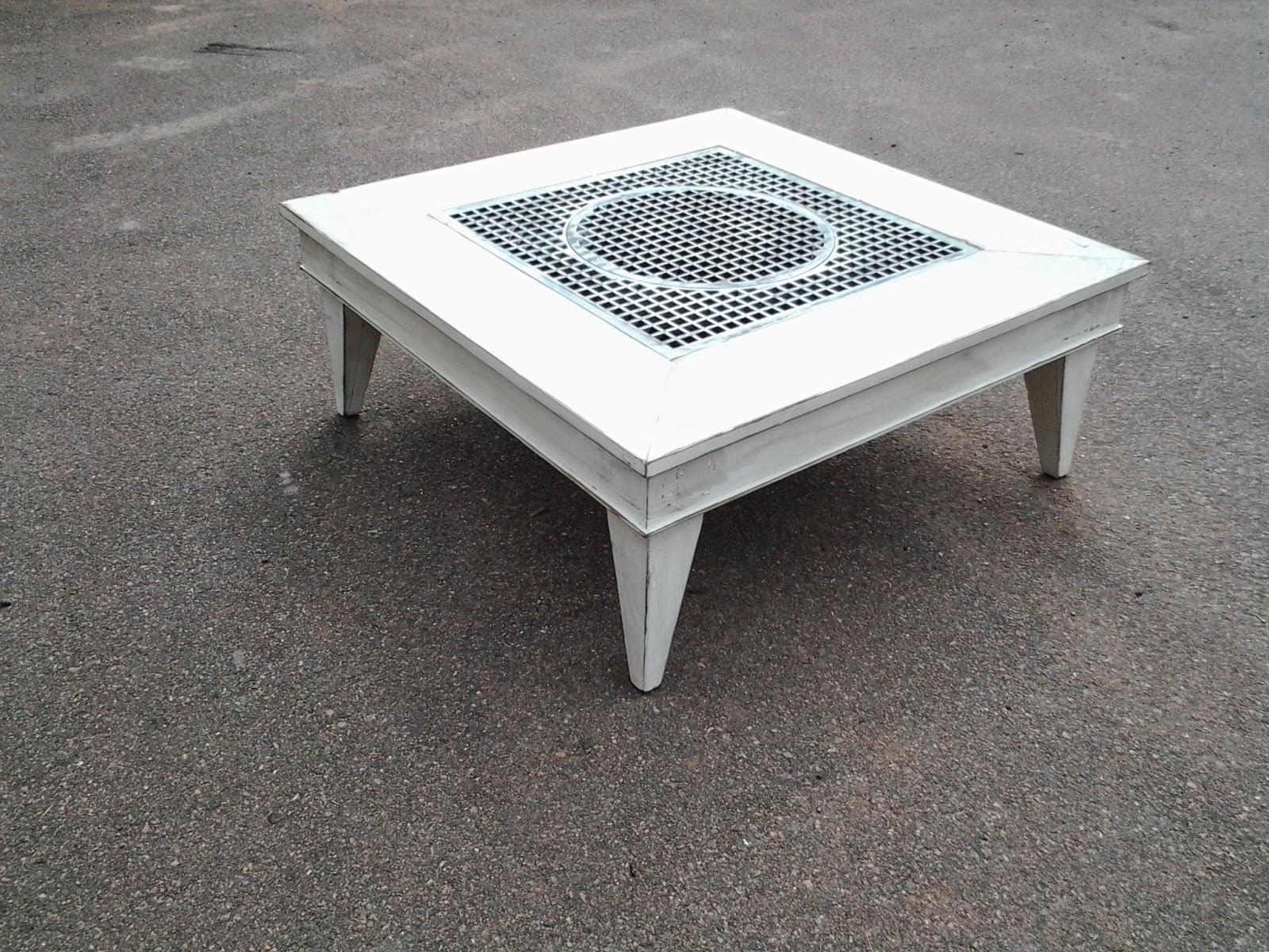 Large Coffee Table With Old Church Floor Grate