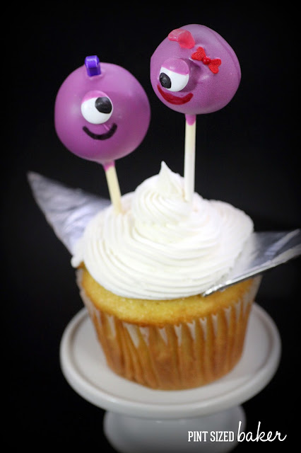 These cake pops look just like Flying Purple People Eaters Cake Pops! They're fun to make and even more fun to eat!