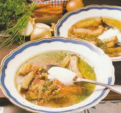 Šoninės sriuba su skrebučiais