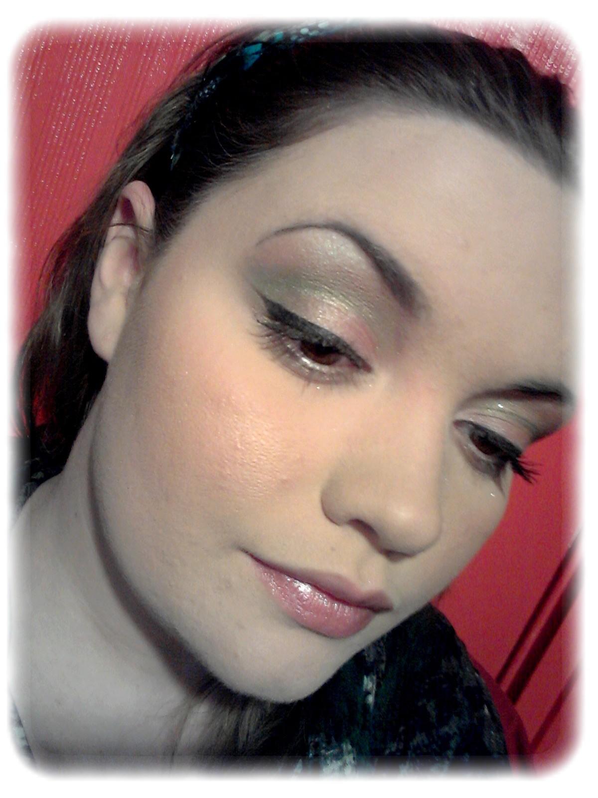 Make Me Up Maquillage Printanier Cut Crease Vert