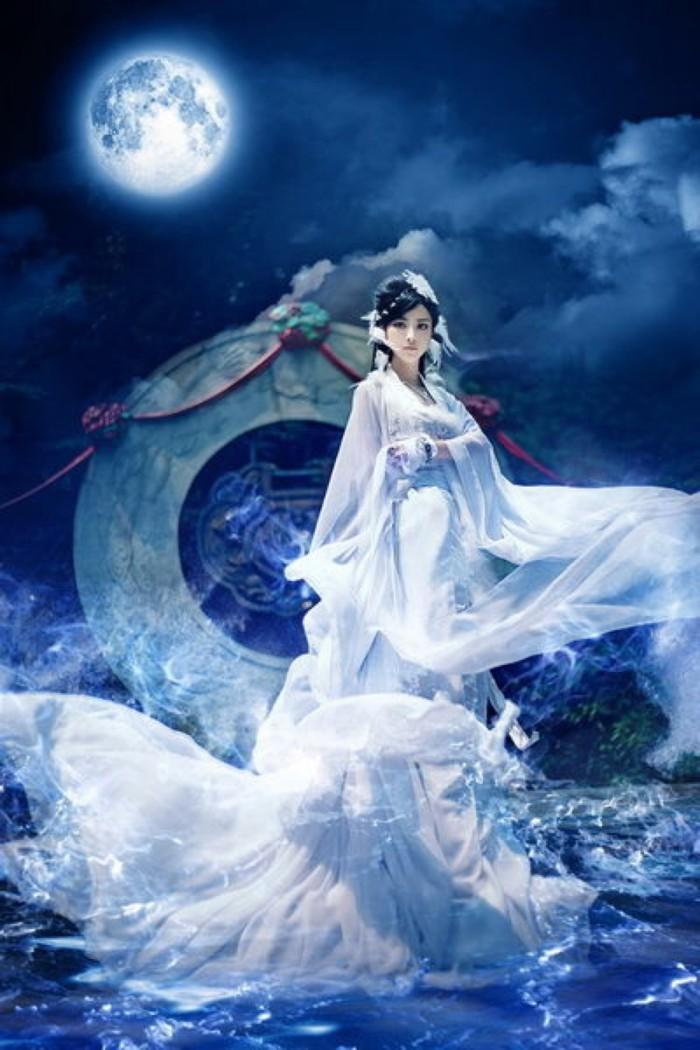 嫦娥奔月 (Cháng'é bēn yuè) - Chang'e flee to the moon