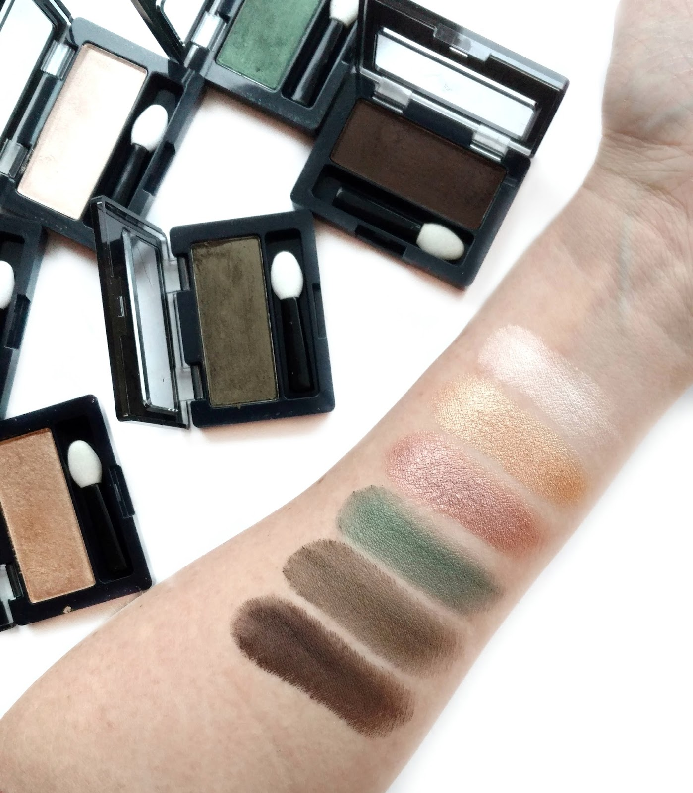 maybelline expert wear eyeshadow swatches