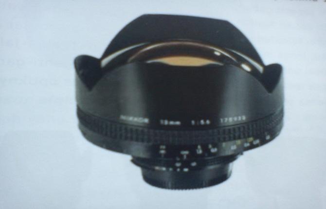 lensa wide angle zoom adalah lensa yang populer bagai photografi