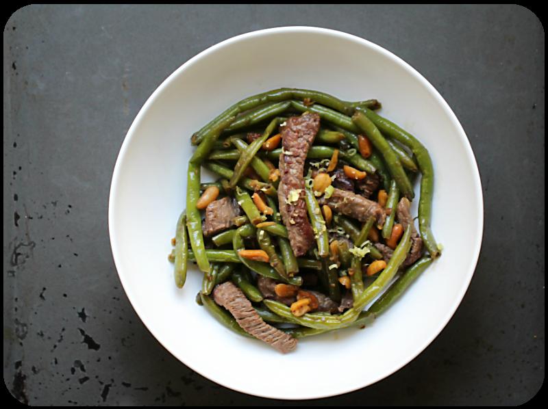 Rindfleisch mit Bohnen und Erdnüssen, Ingwer, Zitronengras, Chinese Wokspice | Arthurs Tochter Kocht von Astrid Paul