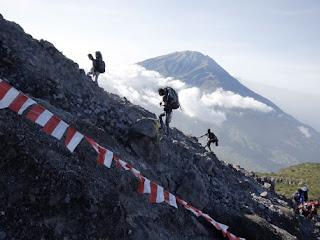 Dibalik Keindahan Gunung Merapi
