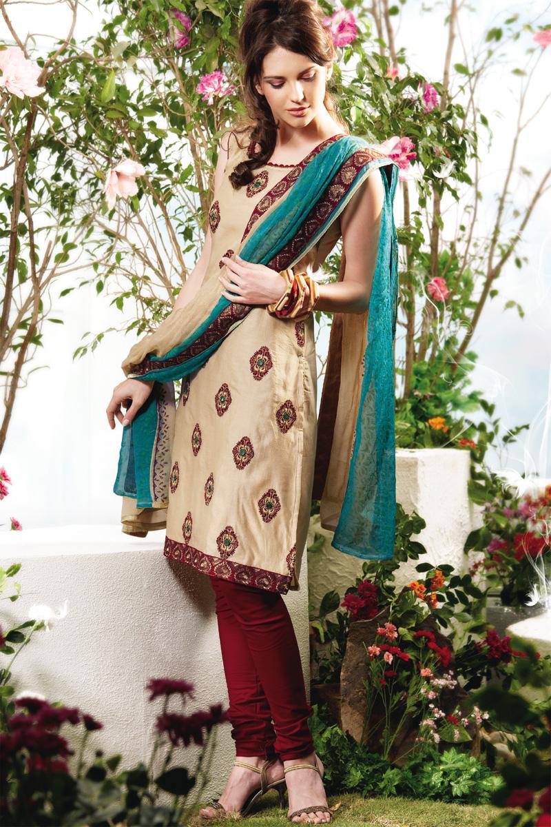 Punjabi Dresses for Girls 2011 | ambrella design